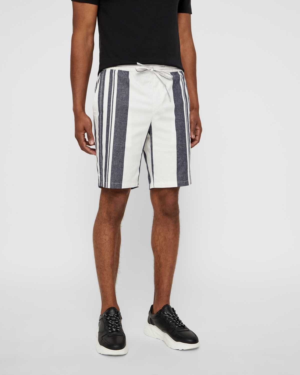 Selected Tapered Stefan shorts