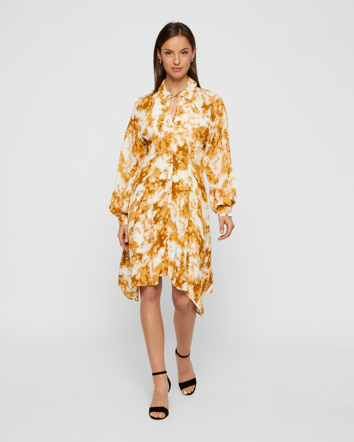 Soaked In Luxury Malaika mekko
